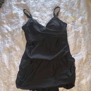 Women's black Sz 18W (1) pc bathing suit